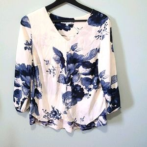 🌟Ivory Cleo Floral Blouse